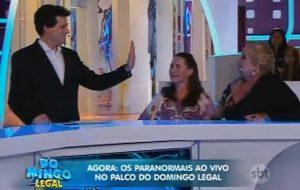 Sandra Susi analisa a mão de Celso Portiolli
