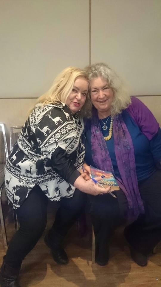 Starhawk e Sandra Sus